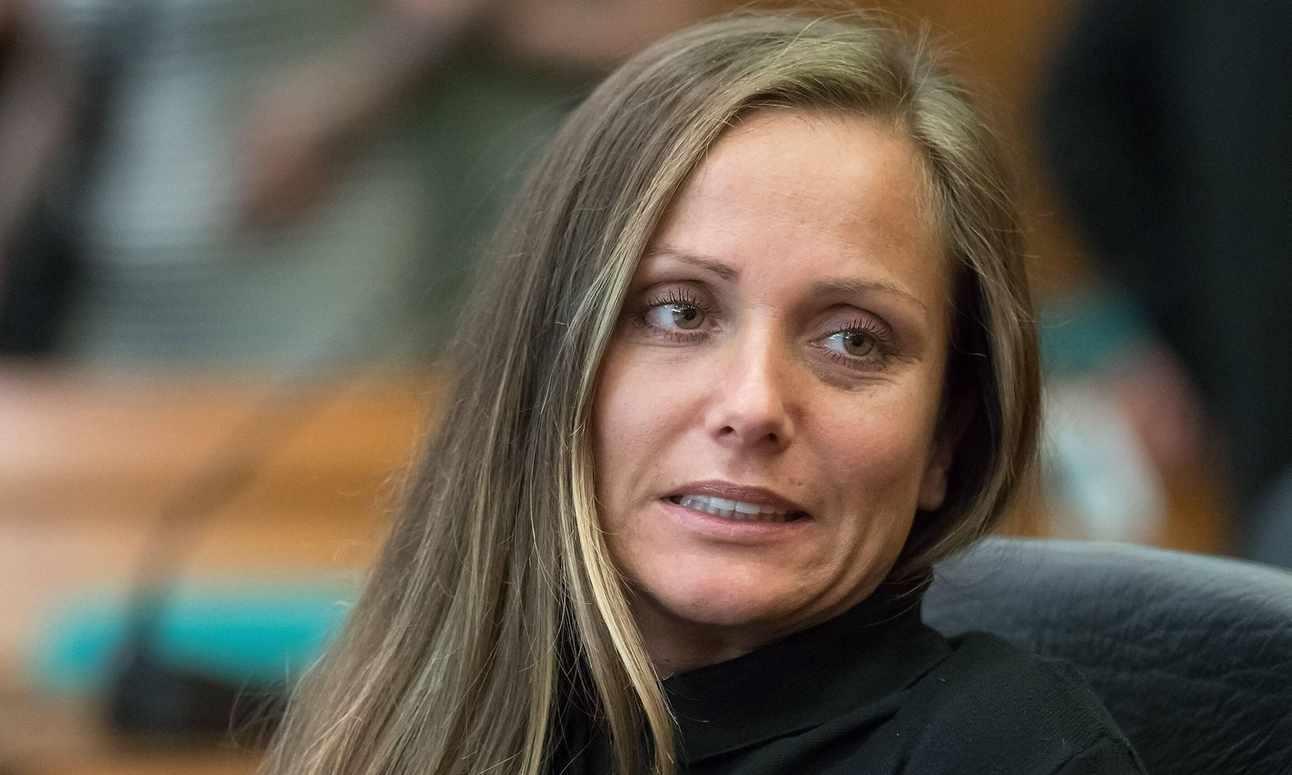 Schwesta Ewa hat ihre Haft angetreten   DiePresse.com