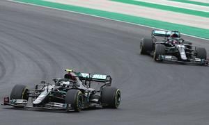 AUTO-PRIX-F1-POR-RACE