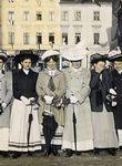 In einer Öffentlichkeit der Männer wurden zunehmend Frauenthemen diskutiert (Bild von 1912).