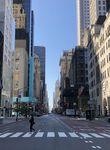 Hunderttausende haben im Zuge der Corona-Pandemie New York verlassen, die Wohnungsmieten sind im freien Fall.