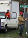 Ohio ist auch 2020 einer der umkämpften Swing States - hier ein Bild aus Circleville, wo Trump-Anhänger eine Präsidenten-Pappfigur aufstellen.