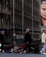 Ein Wand-Gemälde zu Ehen der Klimaaktivistin Klimaschutzaktivistin Greta Thunberg in San Francisco.