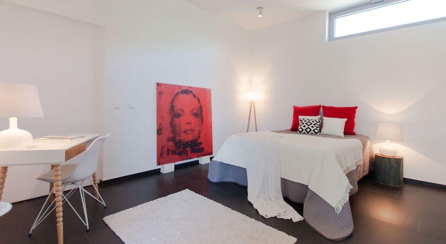Besonders schwierige Räume profitieren von der inszenierten Möblierung.