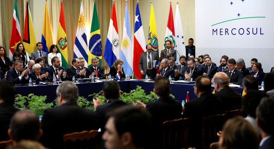 Sebastian Kurz droht mit einem Veto gegen das Freihandelsabkommen der EU mit den Mercosur-Staaten (Im Bild: Mercosur-Gipfel im Dezember 2019 in Brasilien).