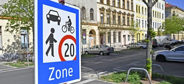 Zur temporären Begegnungszoen Hasnerstraße werden weitere kommen.