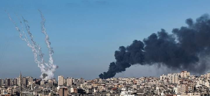 Über 2000 Raketen hat die Terrororganisation Hamas, die den Gazastreifen kontrolliert, seit Montagabend auf Israel abgefeuert.