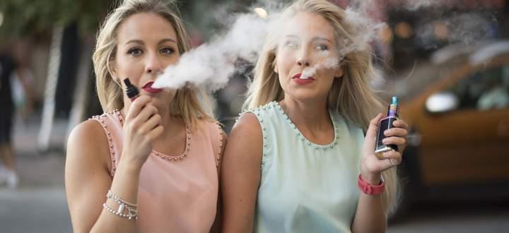E-Zigaretten bläst seit Kurzem ein kalter Wind entgegen. Im US-Bundesstaat Massachusetts und in Indien wurden sie verboten.