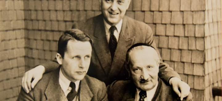 Martin Heidegger mit Jean Beaufret und Hermann Heidegger im Schloß Messkirch (Deutschland)