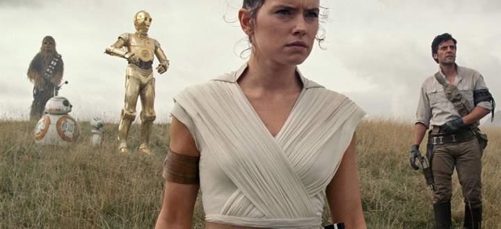 """""""Aufstieg Skywalkers"""" mit Daisy Ridley als Rey."""