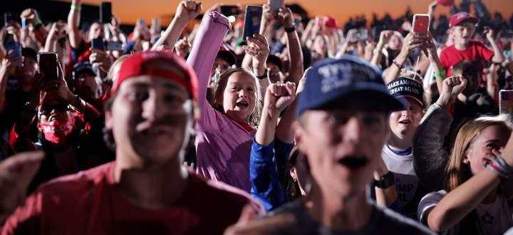 Die Begeisterung der Trump-Fans ist auch nach vier Jahren ungebrochen.