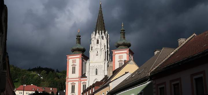 Am Ende des Traisenradwegs: Mariazell mit seiner Basilika.