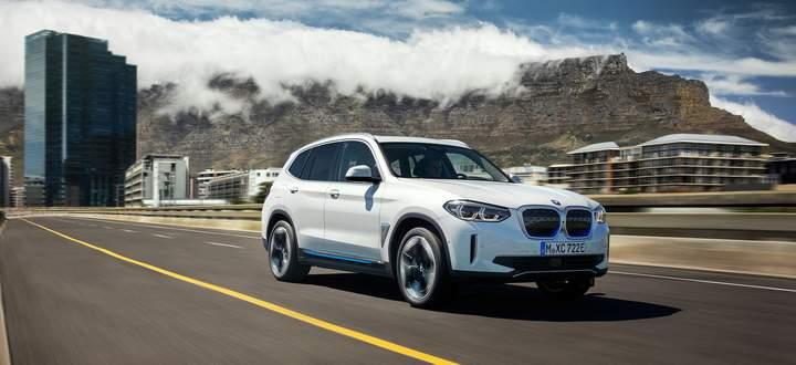 Der elektrische BMW iX3 fährt von China aus in die Welt – mit Bauteilen aus Österreich.