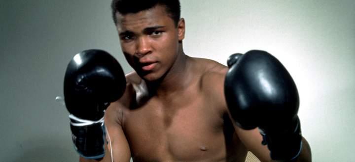 Das Leiden kann die Stärksten fällen: Eines der Opfer wurde der Boxer, der kämpfte wie kein Zweiter: Muhammad Ali.