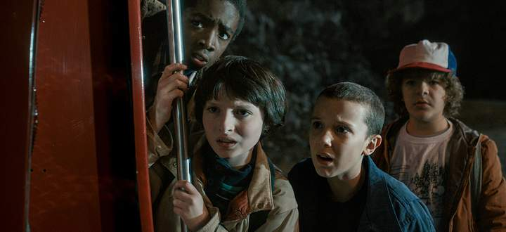 Lucas, Mike, Eleven und Dustin suchen in ''Stranger Things'' nach dem verschwundenen Will