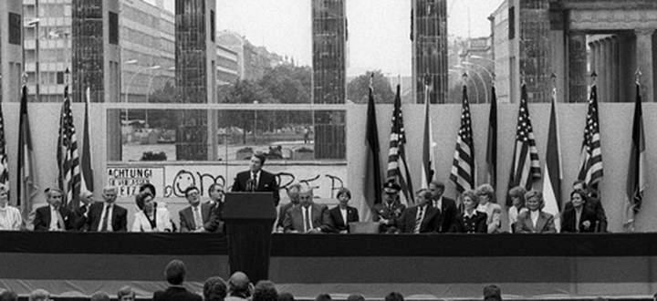 Zitate Mister Gorbachev Tear Down This Wall