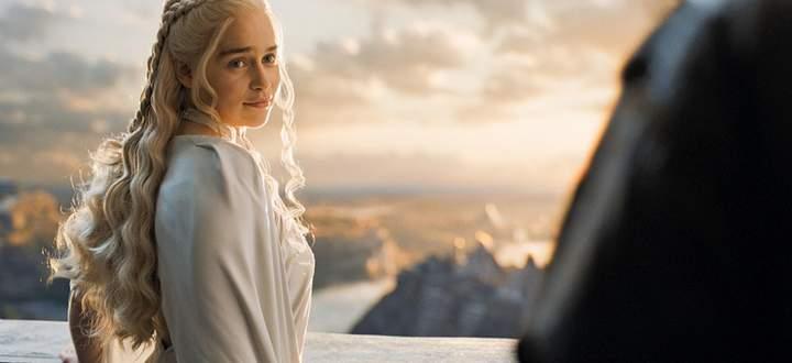 Barristan Selmy erzählt Daenerys eine Geschichte über ihren Bruder