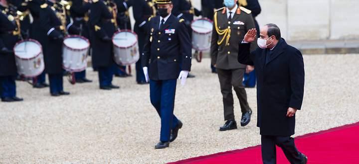 Roter Teppich. Der ägyptische Staatschef Abdel Fattah al-Sisi im Dezember auf Besuch bei seinen französischen Verbündeten.