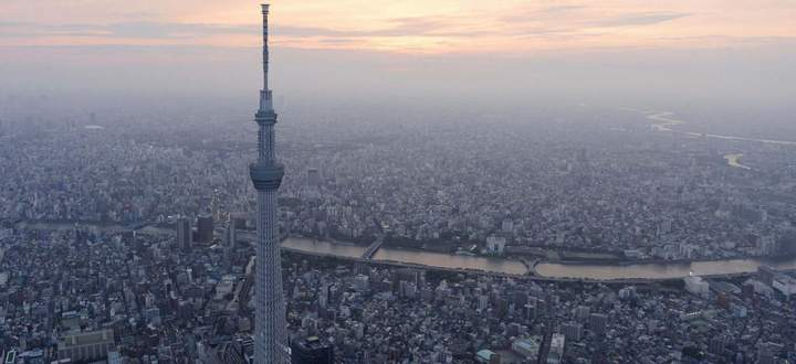 A view of Tokyo Skytree, the world´s tallest broadcasting tower at 634 metres (2080 feet), in Tokyo