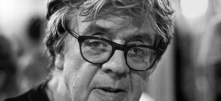 Hat mit mächtiger Stimme für den guten Weg des Menschen geworben. Am 6. Mai wäre Erich Fried 100 Jahre alt geworden.