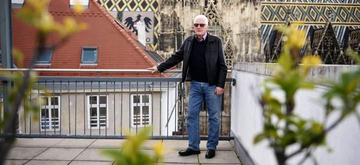 Erich Pencik besucht seit dem Tod seiner Frau im Februar 2018 eine Trauergruppe bei der Caritas Wien. Der 76-Jährige ist dort der einzige Mann.