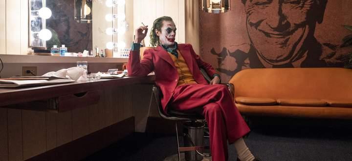Bei aller Empathie bleibt der angehende Joker auf tragische Weise jämmerlich: Joaquin Phoenix als Arthur Fleck.