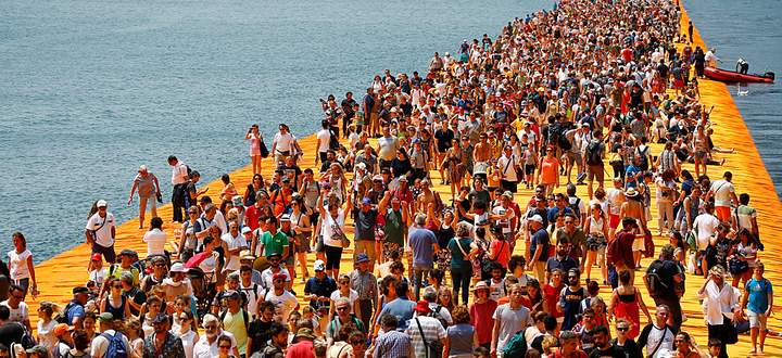 ITALY-ART-CHRISTO-ISEO-FLOATING PIERS
