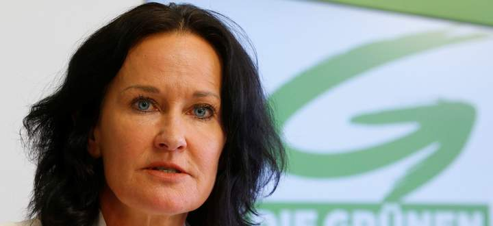 Head of the Austrian Greens Glawischnig addresses a news conference in Vienna