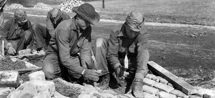 New Deal 1933: Die Wirtschaftspolitik des US-Präsidenten F. D. Roosevelt sorgte für Arbeitsplätze und Staatsverschuldung.