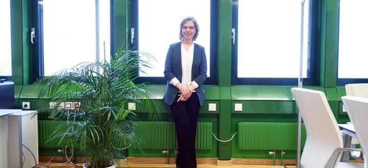 Geht die Umweltpolitik ziemlich anders an als ihre ÖVP-Vorgänger: Ministerin Leonore Gewessler (Grüne).