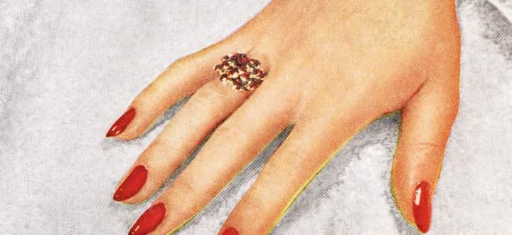 """Feuerrot. Den Klassiker gibt es auch in der """"Clean Manicure"""" Variante."""