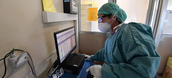 Archivbild aus einem Notspital in Brescia.