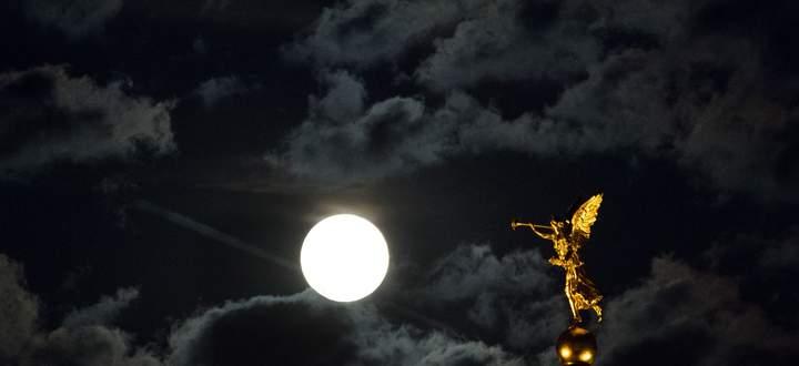Die Griechen und Römer hatten für alles ihre Götter, auch für das Gerücht. Hier eine Statue der Fama auf der Kuppel der Dresdner Kunstakademie.