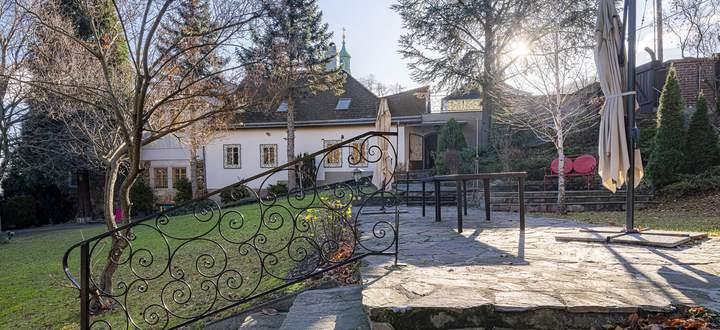 Anwesen in Wien Döbling mit 1350 m22 großem Garten.
