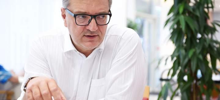 PRAeSENTATION OeBB-HOLDING AG 'OeBB-DEMOKRATIELOK': HOFER