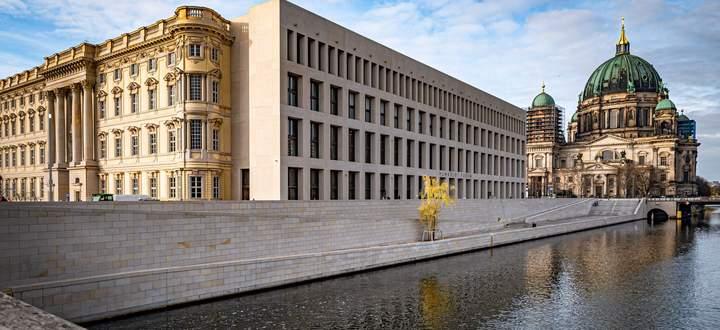 Gelungen? Verschiedene Zeitschichten bei Berlins neuem Humboldt Forum.