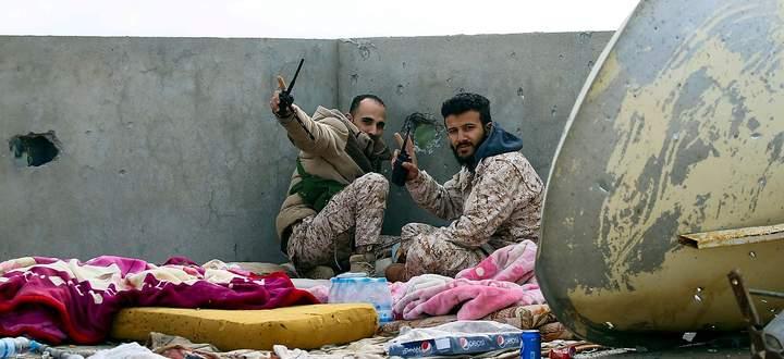 Kämpfer der Einheitsregierung während der Schlacht um Tripolis