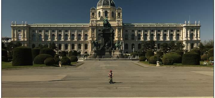 Wie kann man eine überhitzte Zivilisation abkühlen? Wien im Lockdown, fotografiert von Lukas Beck.