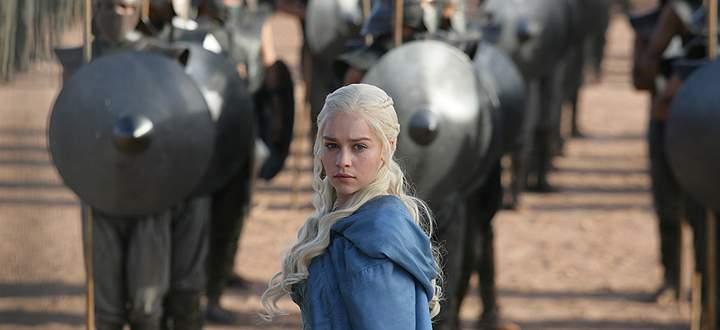 Daenerys Targaryen mit ihrer Armee der Unsullied