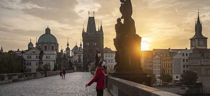 Für das Weihnachtsgeschäft beenden die Tschechen ab Donnerstag fast alle Einschränkungen.