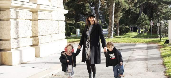 Lilly Glück und ihre Zwillinge Mimi und Tobi.