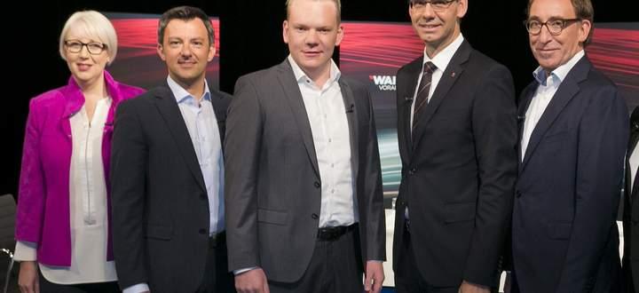 Sabine Scheffknecht (Neos), Martin Staudinger (SPÖ), Christof Bitschi (FPÖ), Markus Wallner (ÖVP), Johannes Rauch (Grüne)