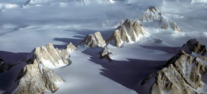 Abenteuerlich: Britischer Bergsteiger bezwingt den Spectre nahe dem S�dpol