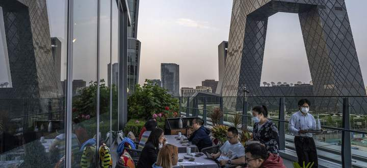 In den Lokalen in China sind immer seltener Expats zu sehen.