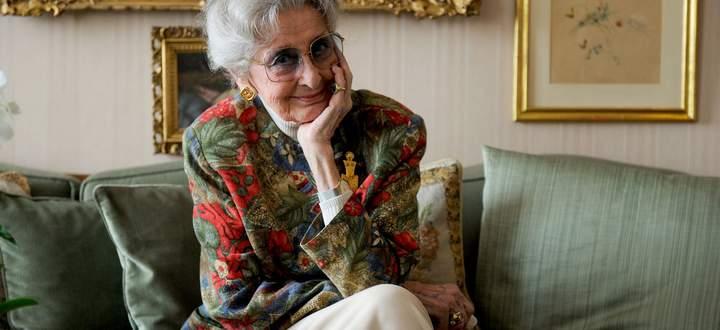 Lotte Tobisch in ihrer Wohnung am Opernring, wo sie mehrere Jahrzehnte lang lebte.