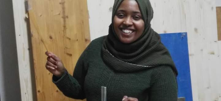 Fadumo Hirsi engagierte sich gegen die brutale Beschneidung von Mädchen, half Frauen, die Opfer von Gewalt wurden, und arbeitete bei der Caritas als Dolmetscherin.