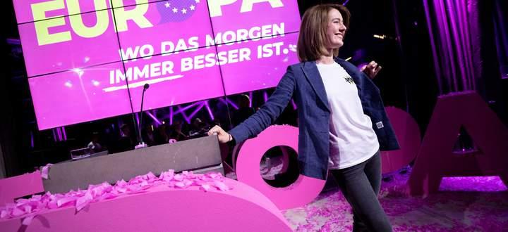 Claudia Gamon zur Spitzenkandidatin fuer Europawahl 2019 gewaehlt