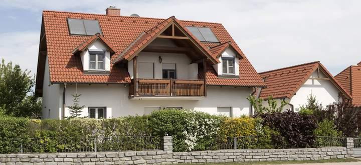 Symbolbild Einfamilienhaus.