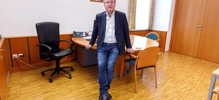 Bürgermeister Johann Singer (ÖVP): Als erster Nationalratsabgeor dneter an Corona erkrankt.