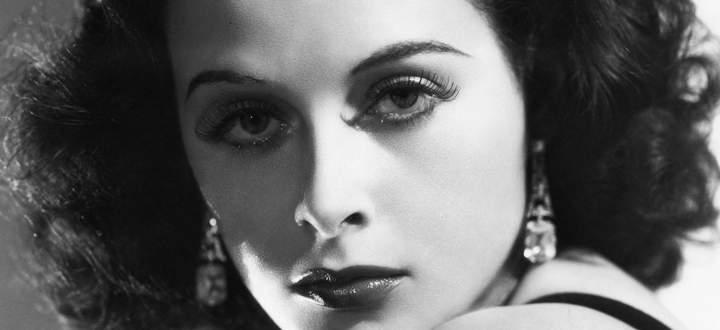 Ein Buch, das in schönen Bildern schwelgen kann: Hedy Lamarr, die Hollywoodikone.