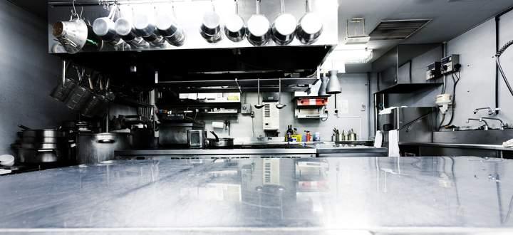 Die Küchen stehen leer. Seit Jahren sind Köche Mangelware. Die Pandemie hat die Situation verschärft.